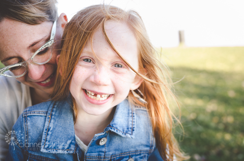 Cute family photo session ideas with 6 year old
