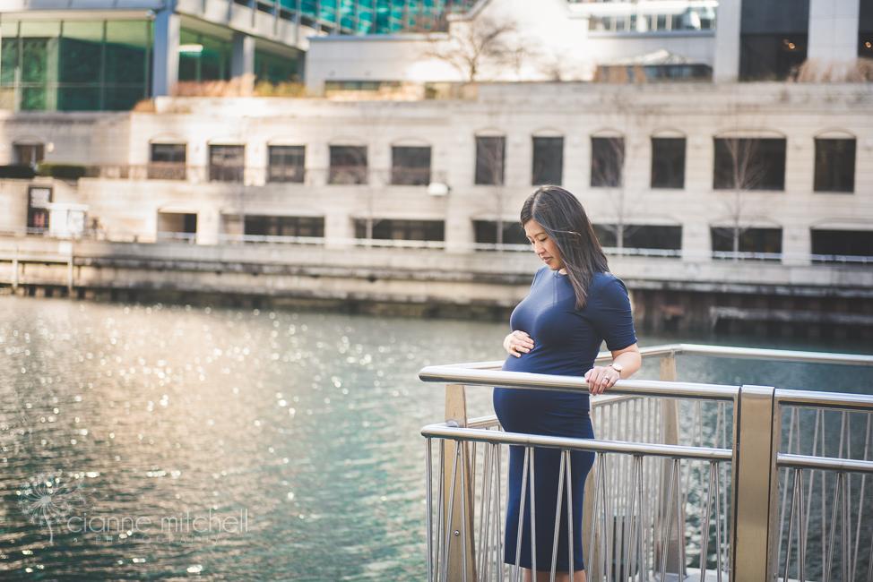 Chicago Riverwalk maternity session