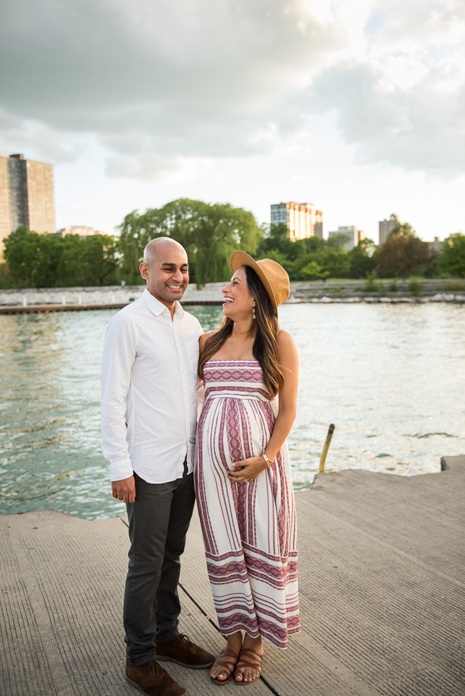 Natural unposed maternity photos